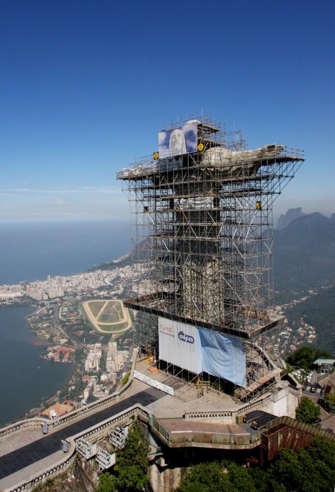 Rio de Janiero - O Cristo Redentor with scaffolding
